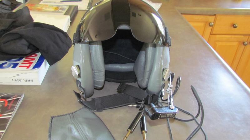 HGU 55 Flight Helmet 001.jpg