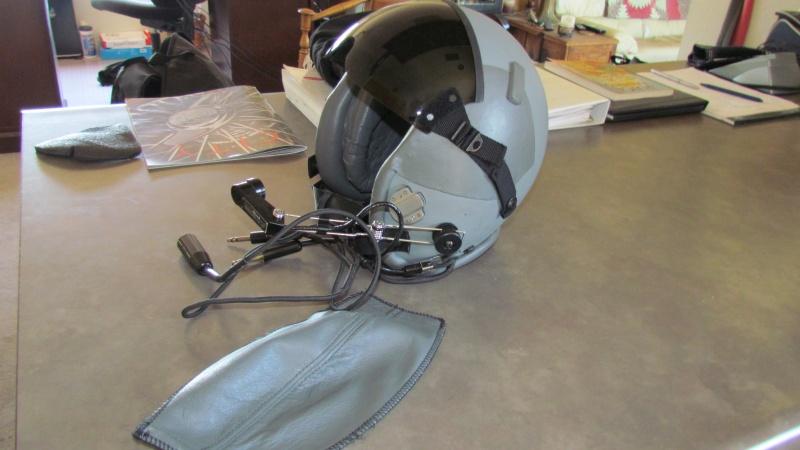 HGU 55 Flight Helmet 002.jpg